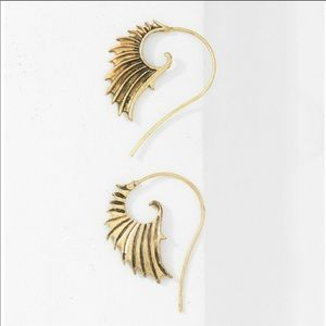 Tribal threader earrings. NWB.